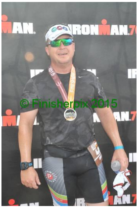 Yes, it has a watermark.  They want $25.00 for a single image, and I've already spent too much money on this race.